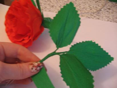 Листья для роз из гофрированной бумаги