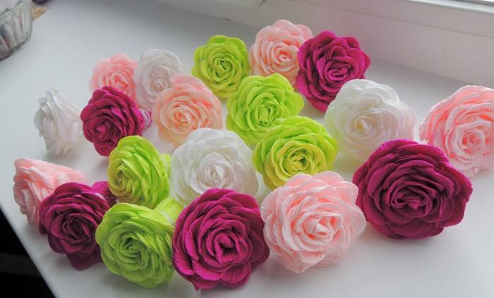 Фото розы из гофрированной бумаги своими руками