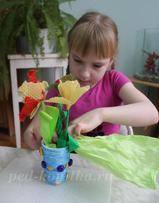 Цветы из бумаги своими руками. Подарок маме на 8